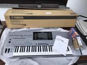 Yamaha Tyros 5 Keyboard synthesizer